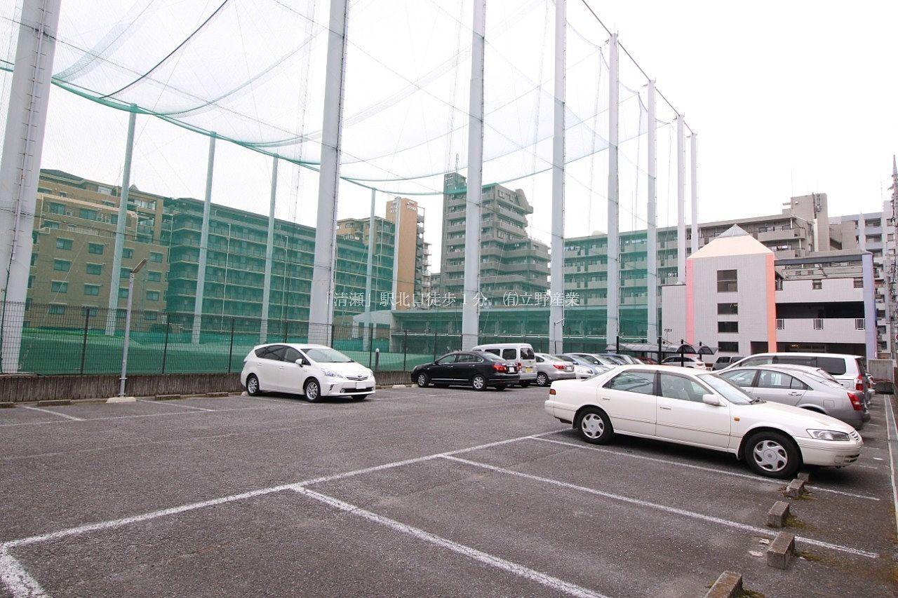 東久留米ゴルフセンター 駐車場